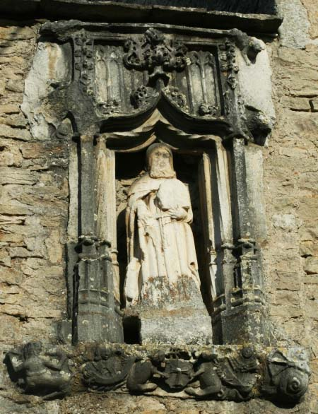 Laives : statue de Saint-Antoine (photo Louisette CALLOT)